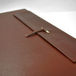 Bespoke sketchbooks closure